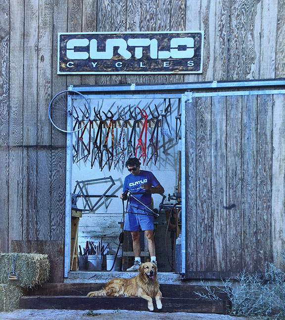 1985-1988: Curtlo Cycles goes full time.